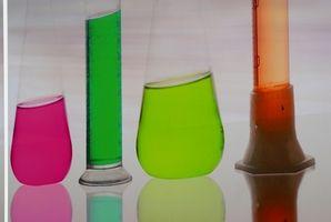 Comment expliquer Vs. Simple Distillation fractionnée
