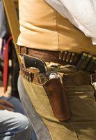 Comment puis-je utiliser une cartouche de fusil pour un comte Round dans un Ammo Belt Revolver?