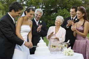 Idées de réception de mariage tels que des tables image