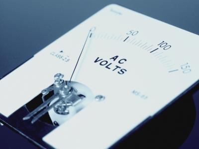 Qu'est-ce qu'un multimètre analogique?