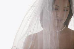 Comment mesurer et couper un voile de mariage