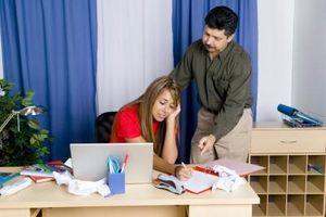 Conseils sur Organiser les documents scolaires entrants pour les mamans occupées