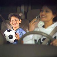 Comment obtenez-vous vos enfants aux activités si les deux parents travaillent à plein temps?