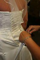 Styles Robe de mariage qui flattent une taille 16