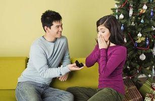 Comment savoir s'il est proche de vous demander en mariage