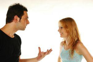 Avantages et inconvénients d'un petit ami comme une Colocation