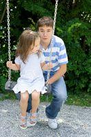 Swings intérieurs uniques pour les enfants
