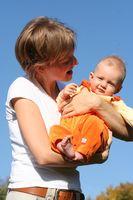 Comment comparer les transporteurs Ergo bébé