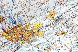 Quelles sont les différences majeures entre topographiques et géologiques Maps?