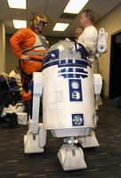 """Dans """"Lego Star Wars,"""" Comment ça R2 obtenir de l'autre côté de la chambre à Chancelor en Péril?"""