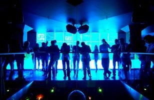 Comment attirer les filles dans un club