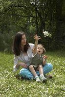 Comment devenir un parent Foster en ligne dans l'Illinois