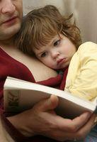 Comment les parents peuvent encourager le développement du langage pendant la petite enfance?