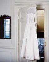 Comment enlever les taches sur une robe de mariée
