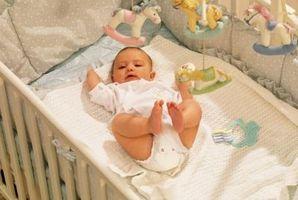Comment assembler un lit de bébé ridelle