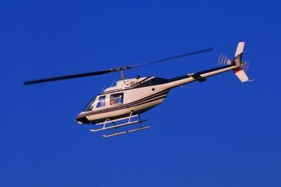Pourquoi est-il plus dur à piloter un hélicoptère à haute altitude?