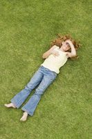 Comment expliquer à un enfant Pourquoi l'herbe est verte