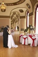 Comment décorer un restaurant pour une réception de mariage