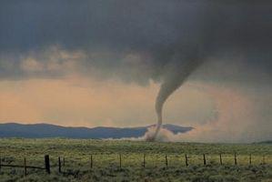 Quelles sont les caractéristiques des tornades?
