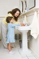 Comment apprendre aux enfants à se laver les mains