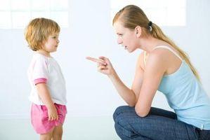 Comment discipliner un enfant d'une culture différente