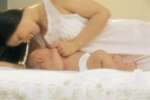Comment faire pour utiliser différentes positions pour réussir l'allaitement maternel