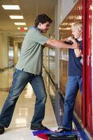 Comment traiter avec un Bully Teen
