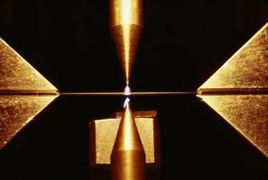 Quels sont les effets de lumière laser sur des objets?