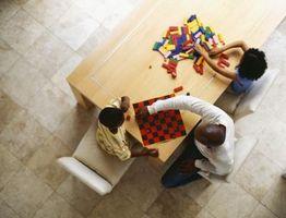 Comment faire une piste de jeu de train pour les petits garçons