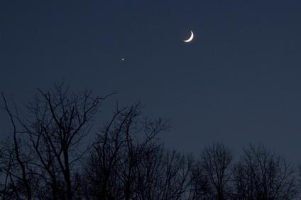 Comment dire une étoile d'une planète dans le ciel nocturne