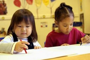 Comment calculer l'espace en salle de classe pour les enfants d'âge préscolaire