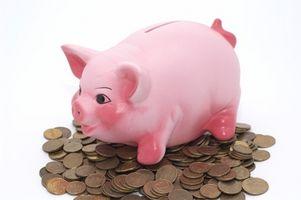 Comment enseigner aux enfants pour sauver Avec Banks Piggy