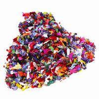 Idées abstraites d'art pour les adolescents à l'aide de matériaux recyclés