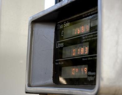 Comment couper une conduite de carburant Tressé