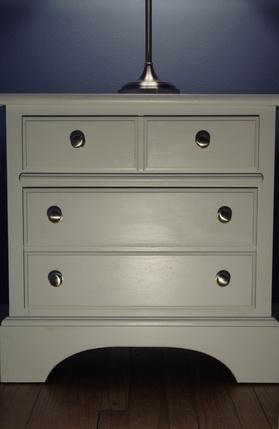 Comment Restaurez une Chambre Suite Antique White