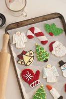 Comment faire des biscuits de Noël avec votre enfant