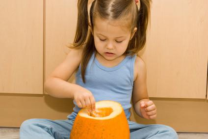 Toddler Art Projects pour Halloween