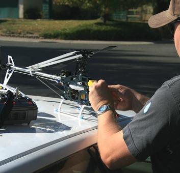 Comment voler un hélicoptère télécommande électrique
