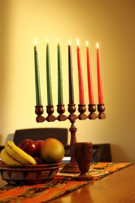 Différentes cultures et bougies de vacances