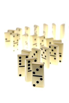 Easy Ways to Play Dominoes