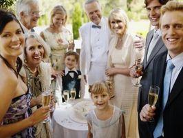 Différents Cakes Grooms »pour un mariage