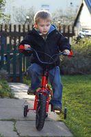 Comment apprendre à un enfant à faire du vélo en un jour