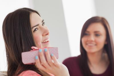 Qu'est-ce que Bridal Shower Etiquette cadeau?