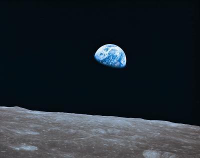 Comment fonctionne la Lune Altitude du changement comme il achève un cycle?