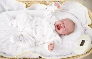 Comment Apaiser un nouveau-né qui pleure