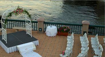 Places pour un mariage victorien près d'une plage