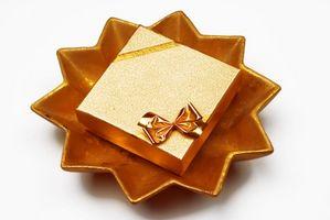 Cadeaux d'anniversaire d'or pour les enfants