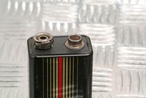 Comment utiliser deux piles 9 volts en parallèle ou en série