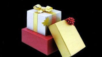 Etiquette pour donner un propriétaire d'une entreprise un cadeau