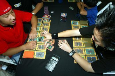 Comment être un meilleur Yu-Gi-Oh Joueur